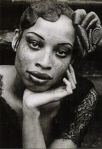 stacey mckenzie date of birth